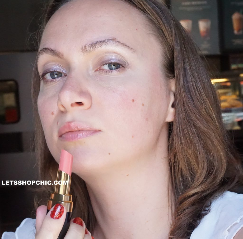 Chanel Rouge Coco Flash Lipstick 84 Immediat on lips