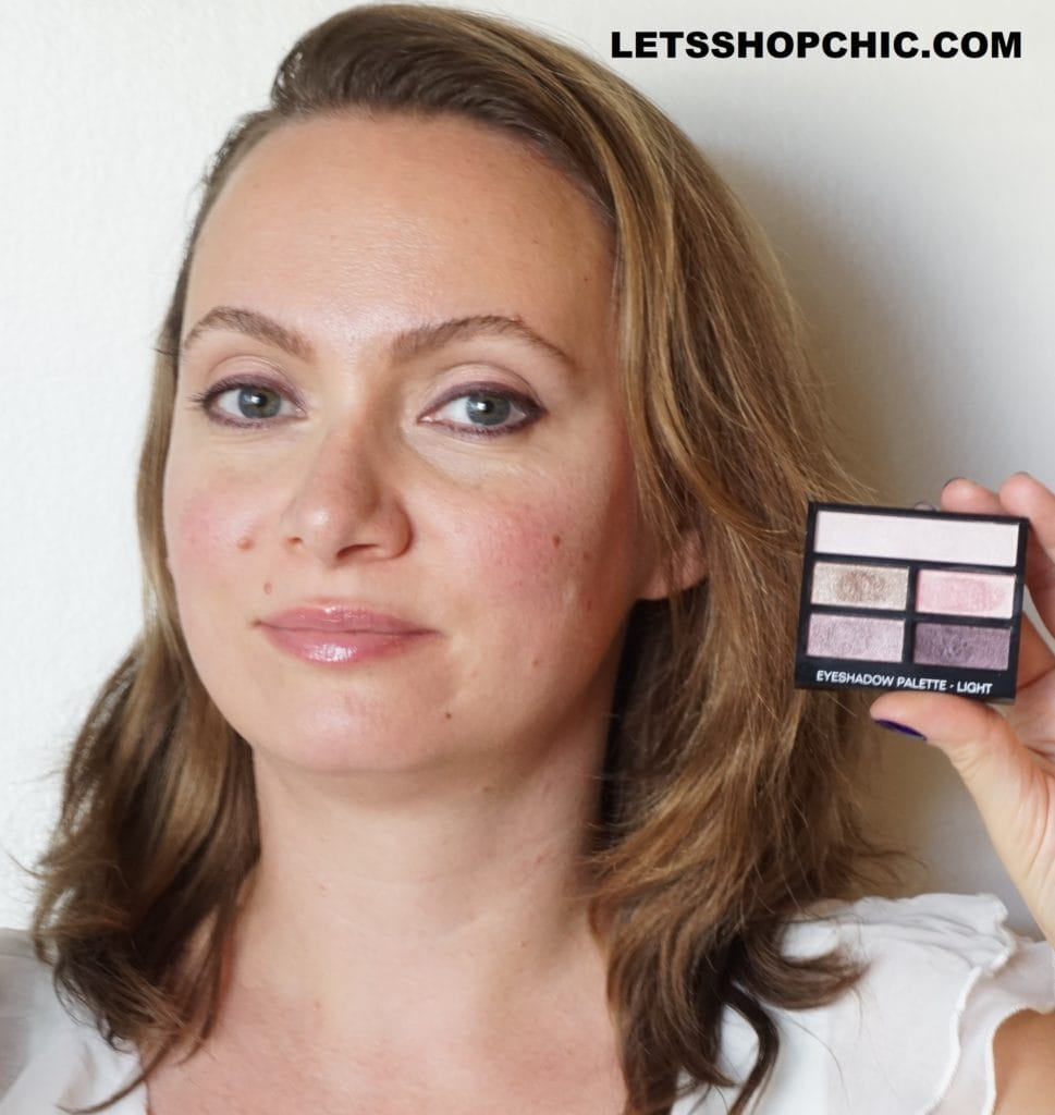 Chanel Les Beiges Healthy Glow Natural Eyeshadow Palette - Light on eyes