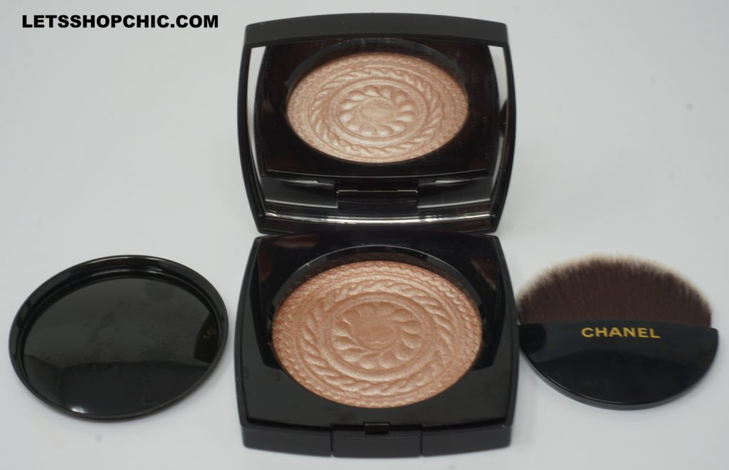 Chanel 2019 Holiday Collection Highlighter in Metal Peach
