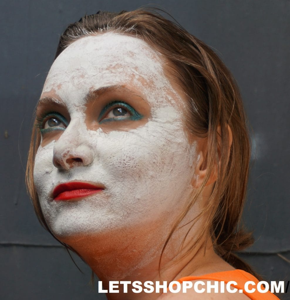 joker face white mud mask Chanel Rouge Allure Fusion 818 True Red