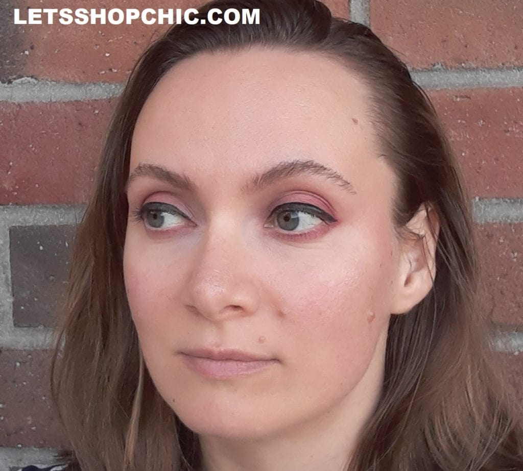Chanel Eyeshadow 362 Candeur Et Provocation on eyes
